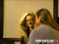 Трахнул сексуальную блонду