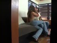 Парень снял на камеру как брат трахает подругу