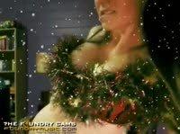 Сексуальные снегурочки поздравляют всех с новым годом