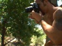 Групповой секс с азиаткой в лесу