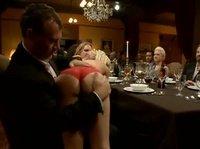 Сексуальная официантка