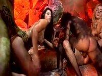 Групповой секс в аду