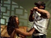 Секс афроамериканской пары с дикими воплями