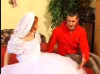 Засадил в киску невесты свой член