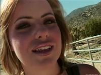 Жаркий секс в каньоне