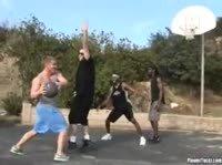 Баскетбольные фанатки