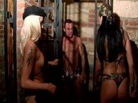 Две сучки лапают раба