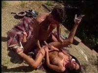 Вышли на пикник и немного потрахались