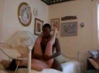 Негр трахает свою белую даму