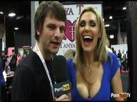 Таня Тата дает интервью